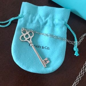 Tiffany & Co. Crown Key with Oval link Chain